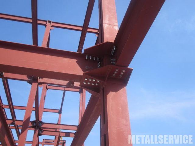 Реконструкция с надстройкой этажа из металла
