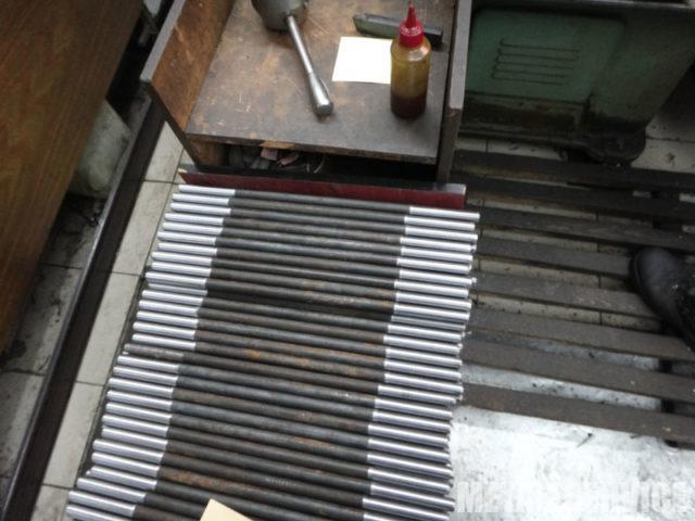 Изготовление болтов, шпилек, гаек на токарных станках в Киеве