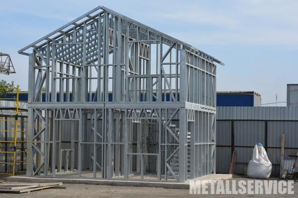 ЛСТК (Легкие стальные тонкостенные конструкции)