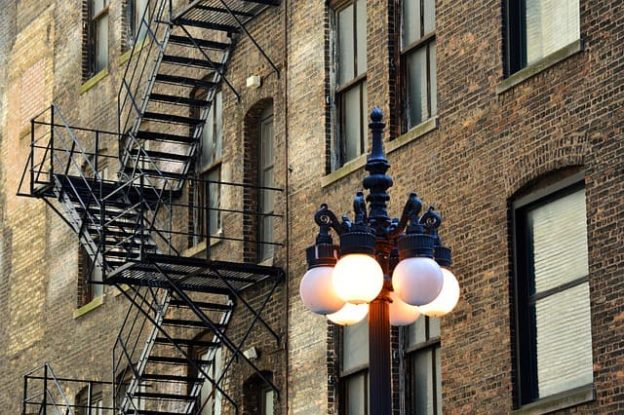 Наружные металлические лестницы