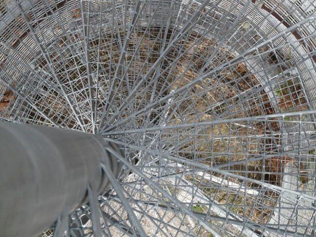 винтовые лестницы из металла